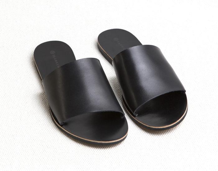 svarta-sandaler-blankens